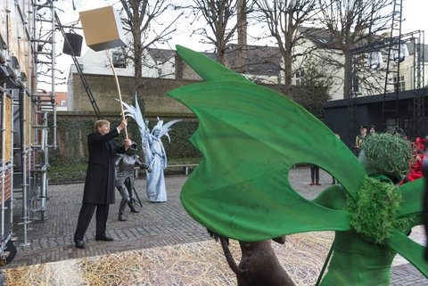 Den Bosch, koning willem alexander opent de grote jeroen bosch tentoonstelling van het noordbrabants museum