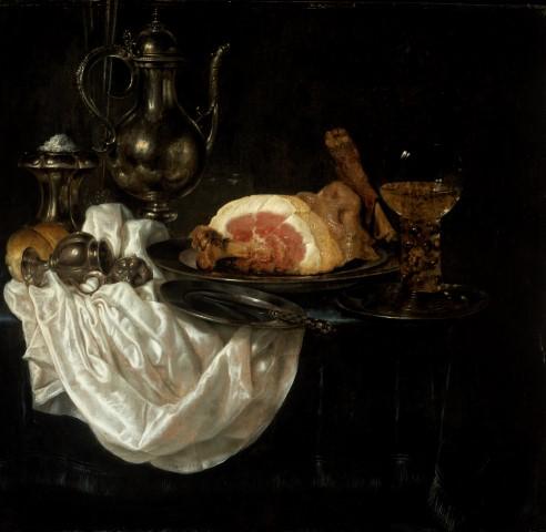 Willem Claesz Heda, Stilleven met ham. zilveren karaf en een roemer, 1656. olieverf op paneel 78 x 80,3