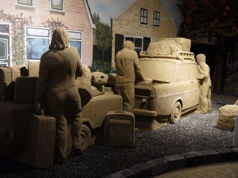 ''Erop uit'' is dit jaar het thema van 't Veluws Zandsculpturenfestijn 2017.