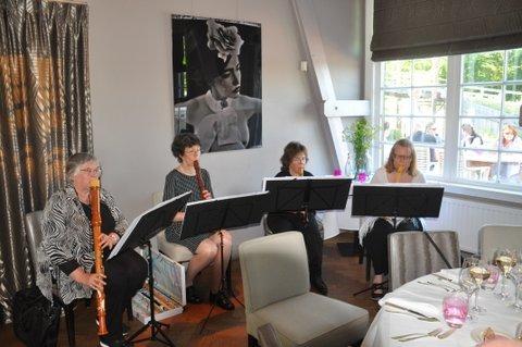 De Vliet, in restaurant Allemansgeest verraste Marleen Toebosch ons op een prachtig concert.
