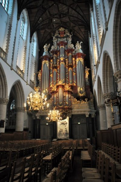 Het Christiaan Műller orgel van de st Bavo geeft regelmatig mooie concerten. Zelfs Mozart e andere beroemde componisten speelden op dit orgel