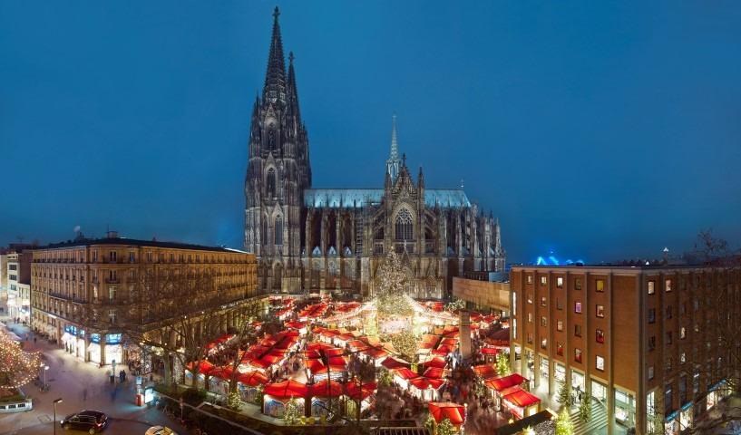 Keulen, Weihnachtsmarkt met Dom, fotoDieter Jacobi / KölnTourismus GmbH