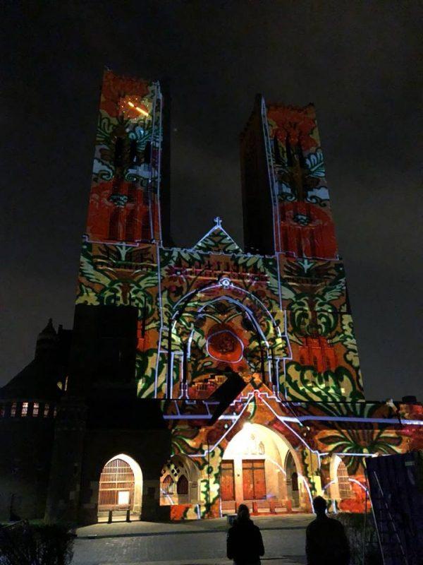 kathedrale basiliek sint Bavo, klank-en lichtspel opende op 21 april ''Haarlem bloeit''