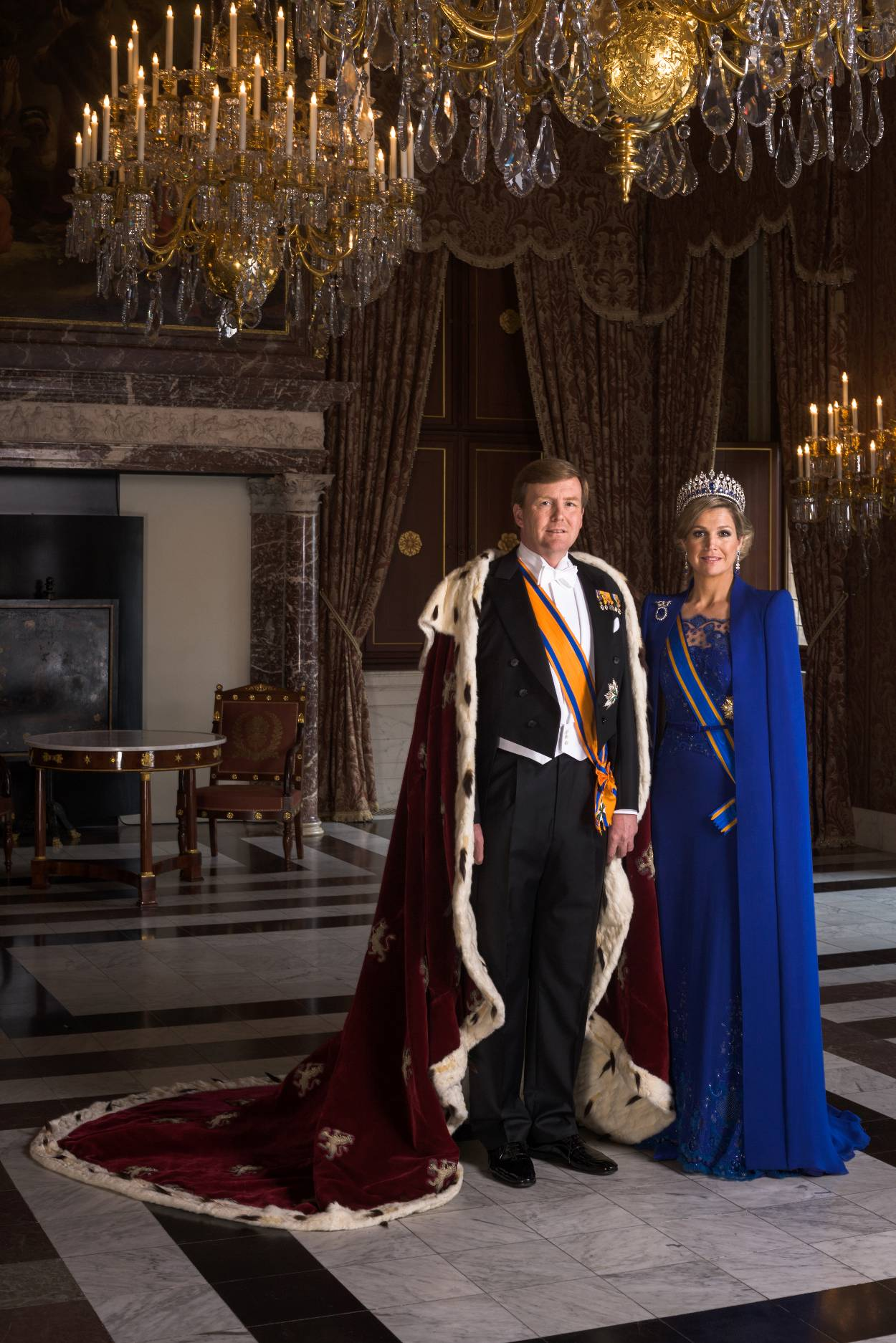 a878e5bca9b025 Koningin Máxima s favoriete couturier geeft zich bloot in Centraal ...