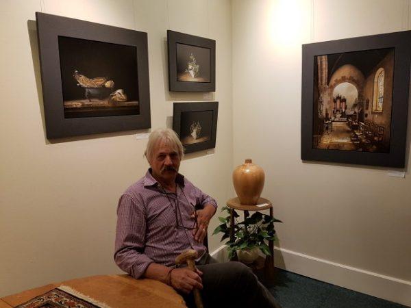 Galerie Staphorsius, expositie Zonder Haast, Jan Teunissen met zijn werken
