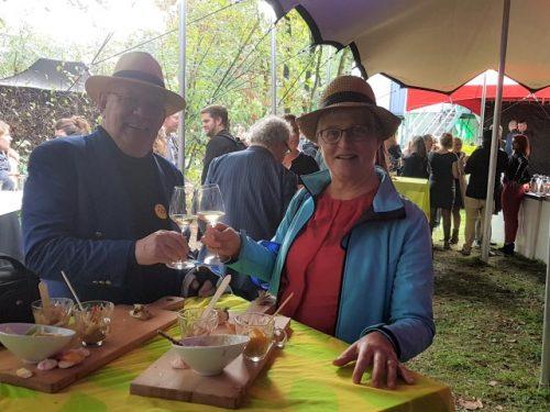 80jarige oorlog: Marianne Visser van Klaarwater proost op har man als winnaar quiz