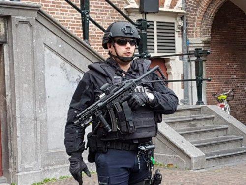 Zware bewaking voor burgemeester Jos Wienen