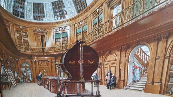 Teylers Museum, de door Napoleon bewonderde ovale zaal met in het midden de Grote Elektriseermachine Wijbrand Hendriks